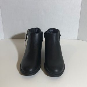 Time and Tru Shoes - Black Faux Leather Ankle Boots